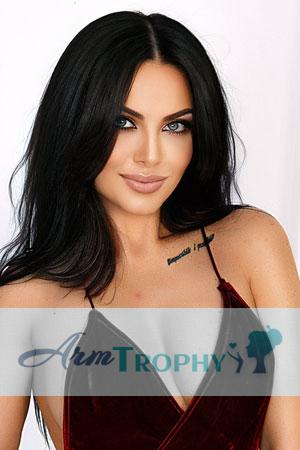 Arm Trophy | Arm Trophy Women